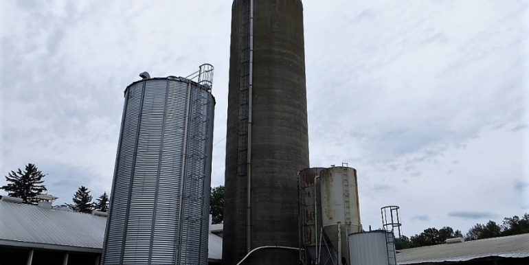 12_SHA_17_643_grain_storage_672744203